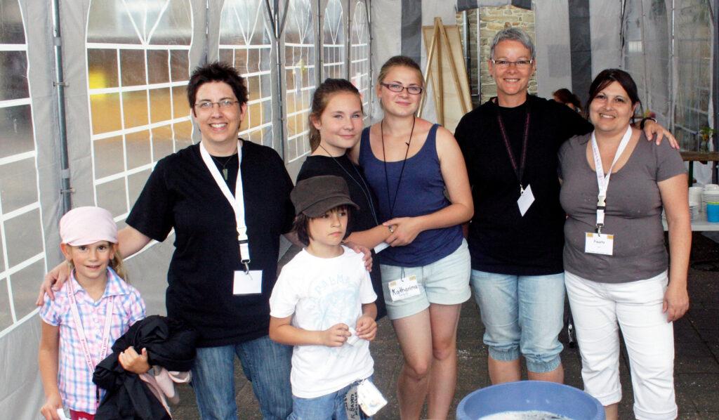 Gruppemnfoto Eltern mit Kindern